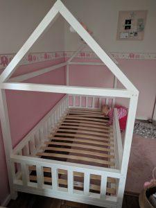 DIY Hausbett für Kinder 6