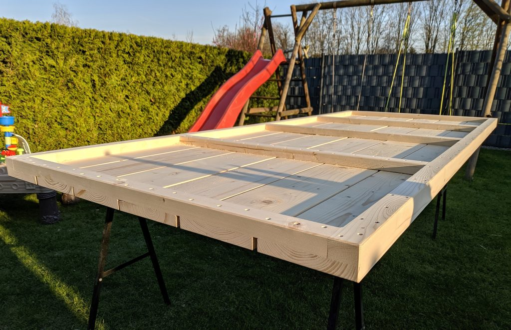 DIY Gartentisch 1000